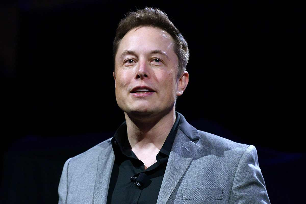 BILLIONAIRE SENDS A BITCOIN CRASH. Bitcoin crashes after Elon Musk's announcement that Tesla cars can no longer be bought with cryptocurrency. Photo Courtesy by US News.